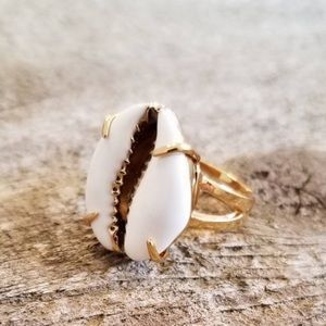 ‼️SALE‼️Real Cowrie Shell 18k Gold Ring